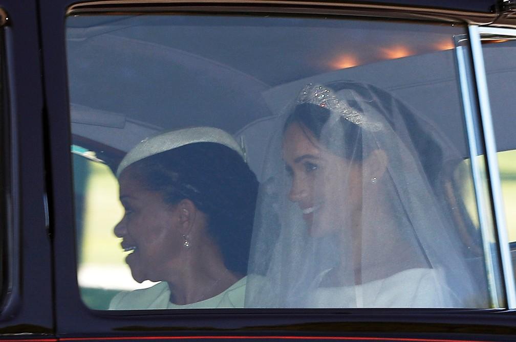 Meghan Markle rumo ao Castelo de Windsor para se casar com o príncipe Harry (Foto: Darren Staples/Reuters)
