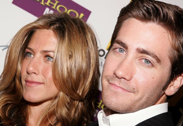 Jennifer Aniston e Jake Gyllenhaal em 2005 (Foto: Mark Marinz/Getty Images)