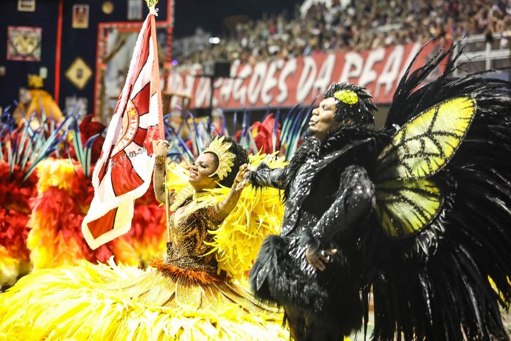 O primeiro casal da Dragões da Real: Rubens (o zangão) e Evelyn (o girassol) (Foto: Fábio Tito/G1)