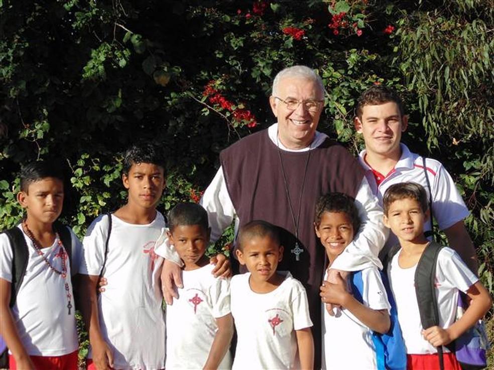 Padre Airton Freire está à frente da Fundação Terra (Foto: Divulgação)