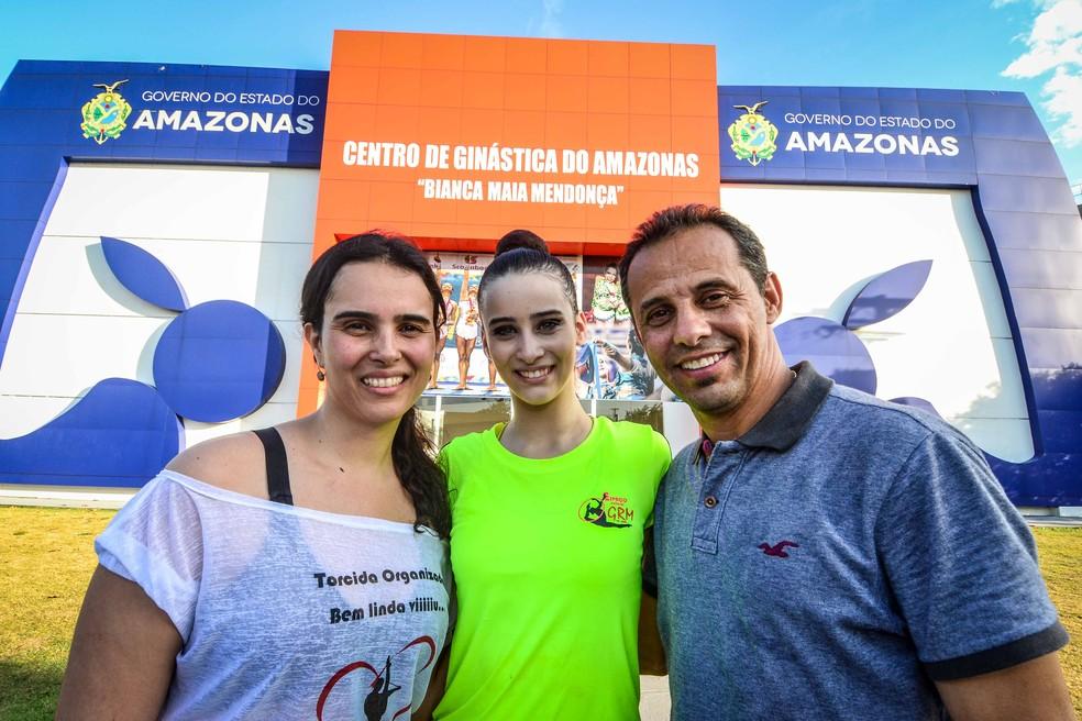 Euller acompanha a filha em Brasileiro de ginástica rítmica (Foto: Mauro Neto/Sejel)