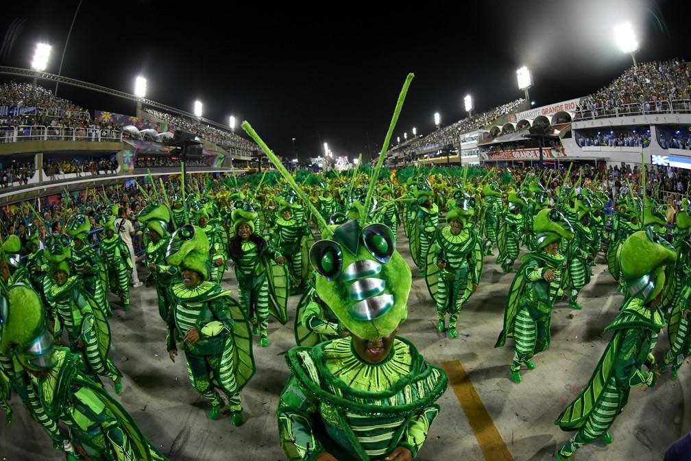 No desfile da Beija-Flor, figura do inseto simboliza sentimento de esperança do povo brasileiro (Foto: Alexandre Durão/G1)