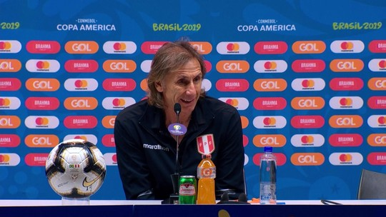 """Gareca vê Brasil superior e diz não à Argentina: """"Tenho contrato com um país que me deu tudo"""""""
