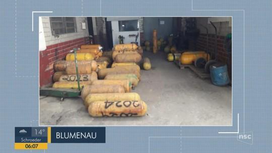 Empresas que instalam kit GNV são alvo de operação em Blumenau e Indaial