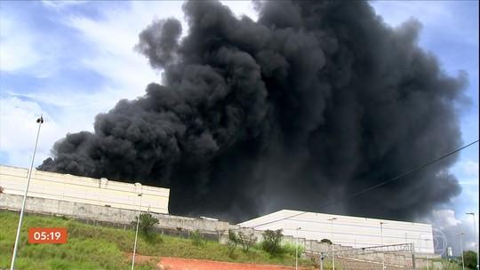 Incêndio atinge fábrica de refrigerantes em Itu (SP)