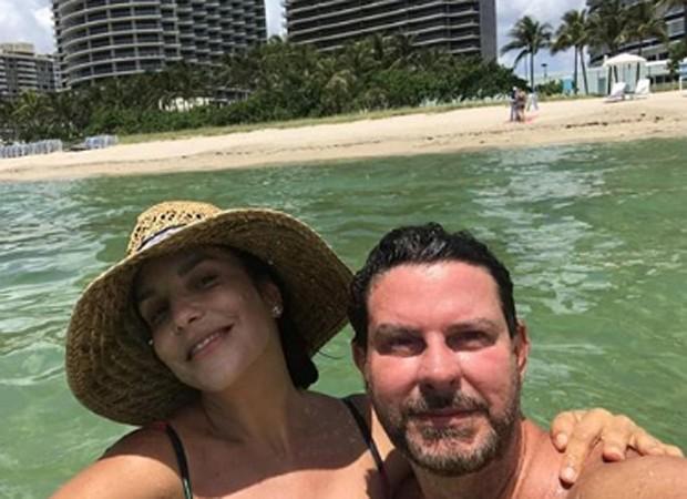 Ivete Sangalo e o assistente pessoal Dito (Foto: Reprodução/Instagram)