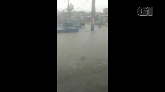 Rio entra em estágio de mobilização com chuva forte; trânsito tem engarrafamento acima do normal