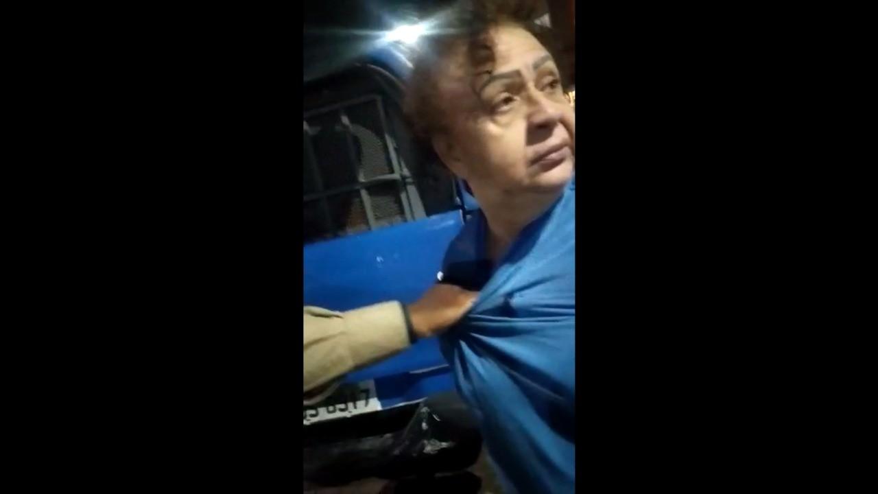 PGE entra com ação criminal no MP-BA contra idosa que chamou PM negro de 'macaco'