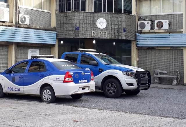 Homem é perseguido e morto a tiros enquanto pilotava motocicleta em Feira de Santana, interior da Bahia