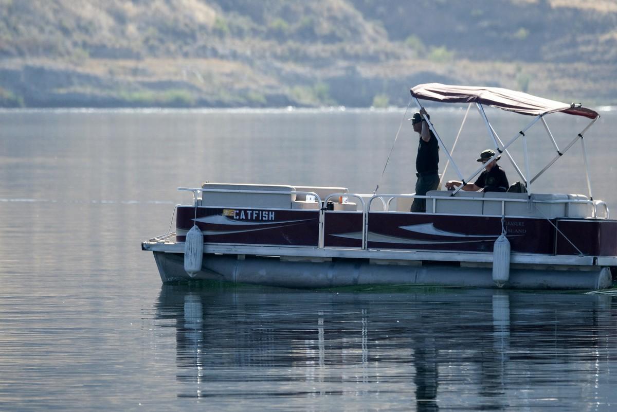 Polícia usa câmera e sonar na busca por Naya Rivera; veja imagens no fundo do lago | Pop & Arte