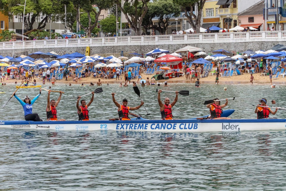 Projeto oferece atividades gratuitas na praia — Foto: Erik Salles/Divulgação