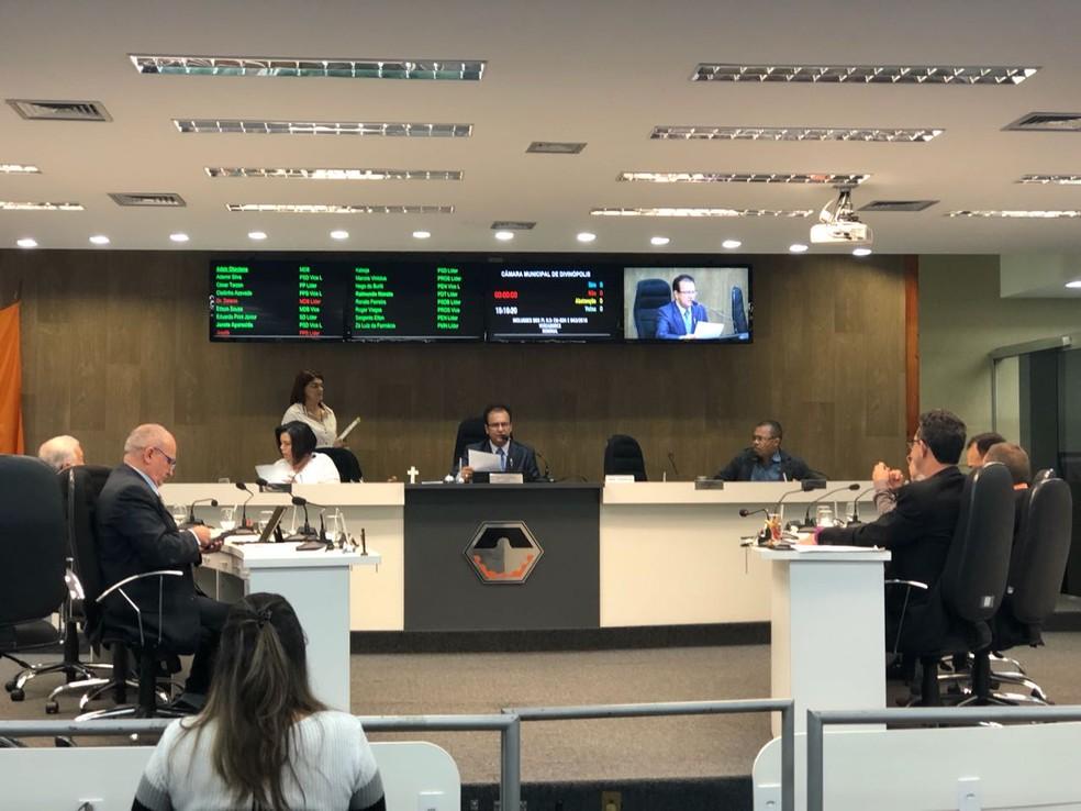 -  Câmara aprovou por unanimidade o orçamento de R$ 651 milhões para despesas do município em 2019  Foto: Marcela Mesquita/G1
