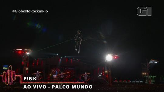 Pink no Rock in Rio: estreia no Brasil tem show acrobático e pedido de casamento no dia pop do festival