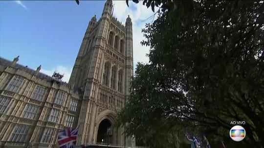 Após adiar votação, Parlamento britânico debate acordo do Brexit firmado com UE