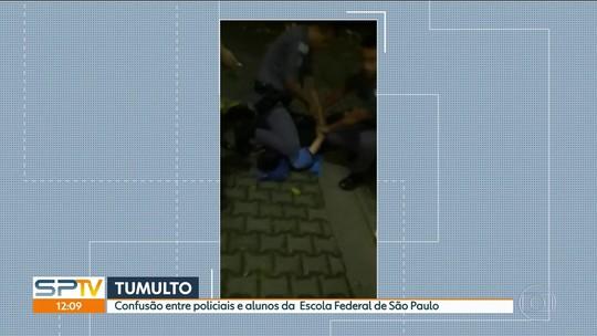 Policiais militares imobilizam e algemam aluno do Instituto Federal de SP; veja vídeo