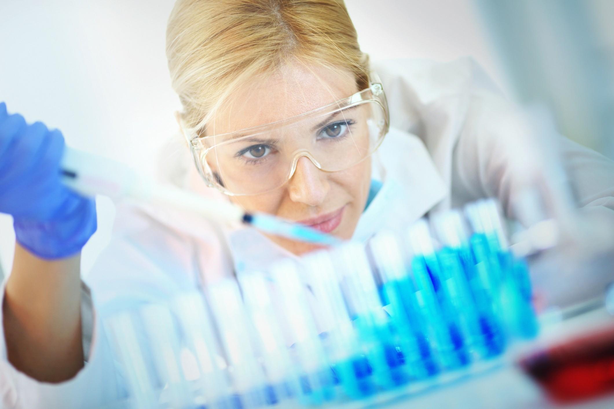 A GE Healthcare Life Sciences fornece tecnologia para a produção de medicamentos biotecnológicos (Foto: Getty Images)