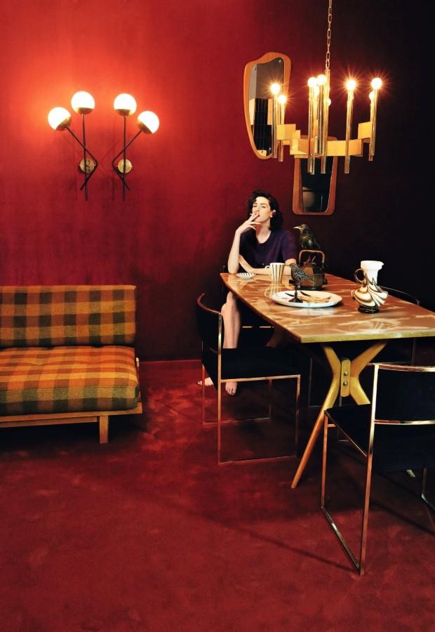 Brianda Fitz james posa fumando un cigarro en un salon  (Foto: Alfonso Ohnur)