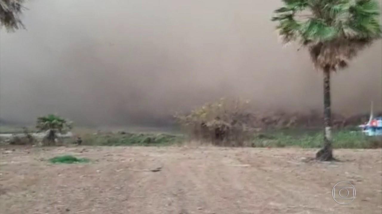 Nuvem de fumaça faz familias ribeirinhas deixarem suas casas