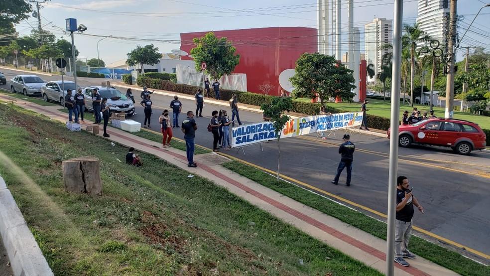 Policiais Penais fazem protesto por falta de valorização regulamentação da categoria em Cuiabá — Foto: Assessoria