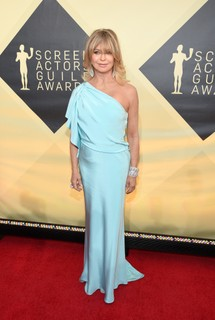 Goldie Hawn de Monique Lhuillier