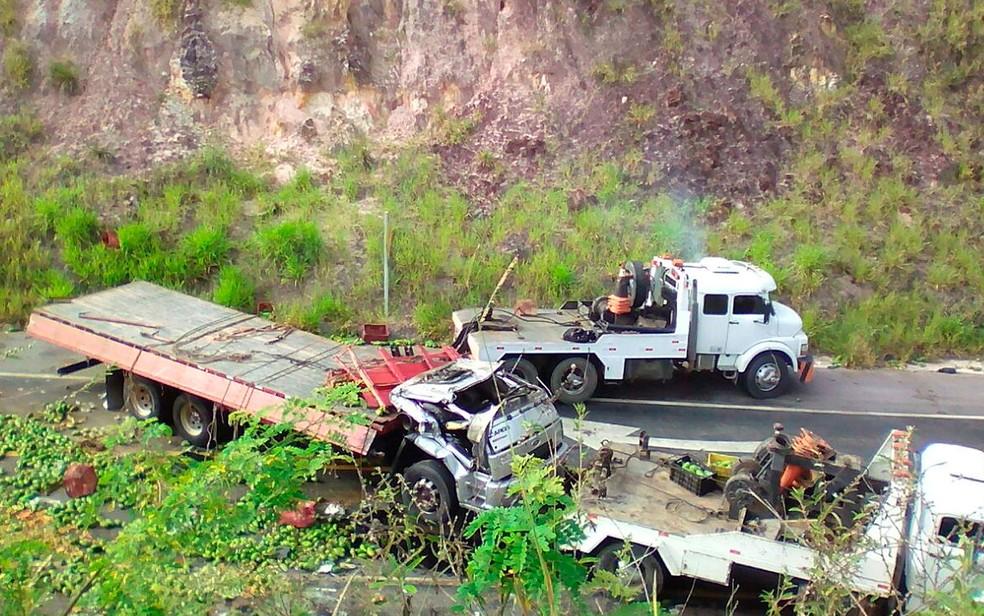 Acidente ocorreu em trecho da BR-101, na Bahia (Foto: Davi Lima / Arquivo Pessoal)