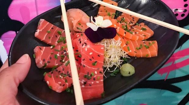 O Vegan Junk Food transformou goma de tapioca em sashimi (Foto: Divulgação)