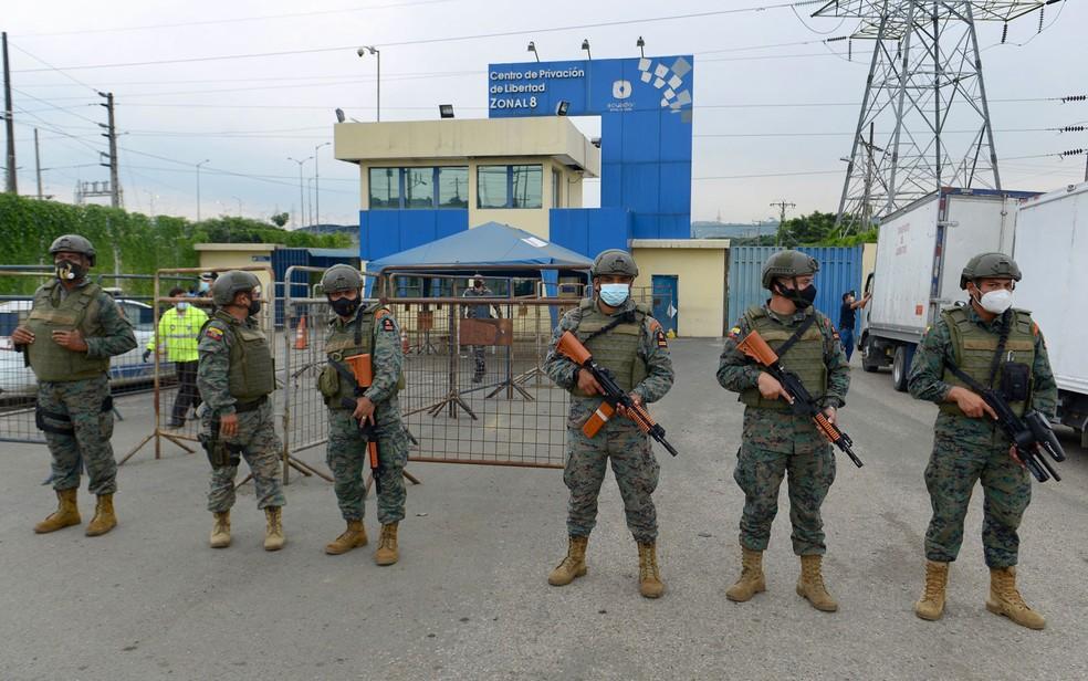 Motins em três presídios deixam dezenas de mortos no Equador   Mundo   G1