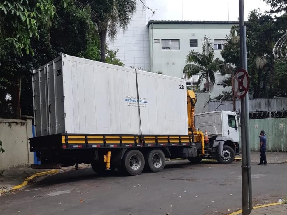 Na segunda-feira, hospital teve alta na demanda por vagas no necrotério, segundo o superintendente do hospital — Foto: Divulgação/Hospital Moinhos de Vento