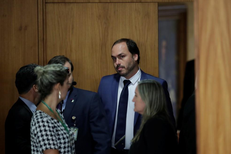 O vereador Carlos Bolsonaro no Palácio do Planalto — Foto: Ueslei Marcelino/Reuters