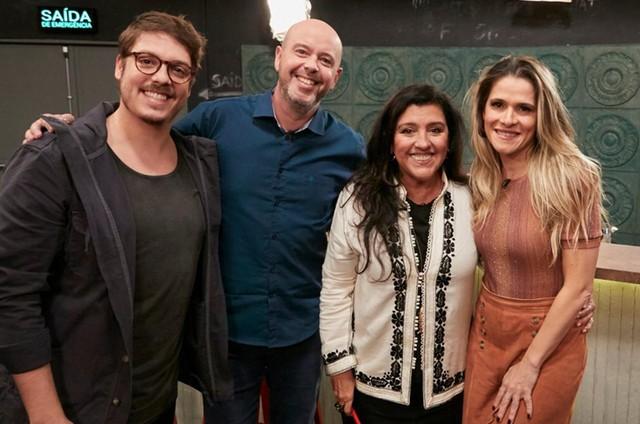 Fábio Porchat com Alex Escobar, Regina Casé e Ingrid Guimarães (Foto: Divulgação)