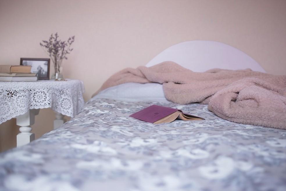 Alunos não poderão estudar na cama, segundo determinação de cidade americana.  — Foto: Divulgação