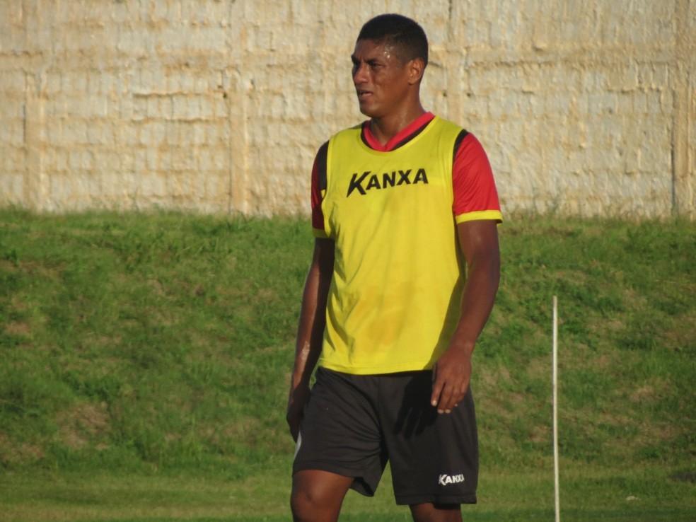 Com a camisa do Globo FC, Max fez cinco gols em 13 jogos na Série C â?? Foto: Rhuan Carlos/Globo FC
