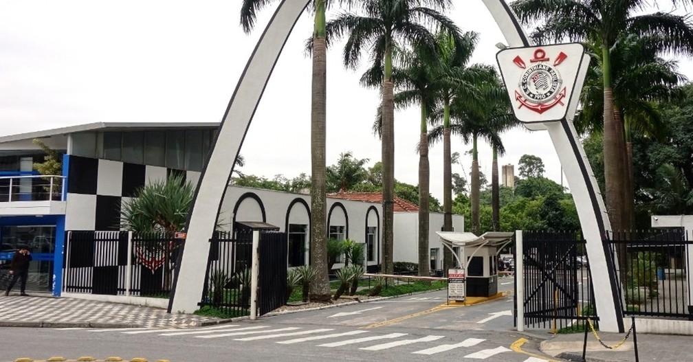 Fachada do clube social do Corinthians, localizado na Zona Leste — Foto: Reprodução Redes Sociais