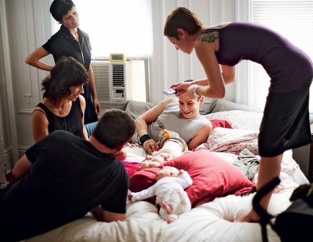 visitas; bebe; familia; amigos (Foto: Nick North/Corbis)