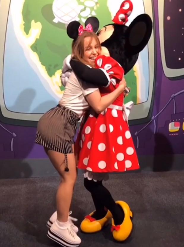 Carla Diaz e Minnie Mouse (Foto: Reprodução/Instagram)
