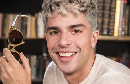 No sábado (31), William (Diego Montez) descobrirá que Diogo é o amante misterioso de Gisele (Sheron Mennezes) TV Globo