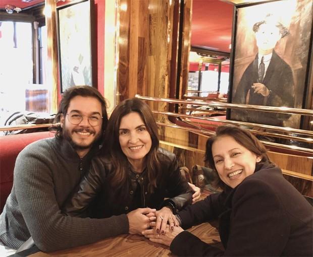 Fátima Bernardes e Túlio Gadêlha com familiar (Foto: Reprodução/Instagram)