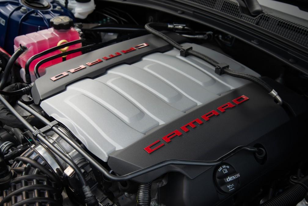 Motor 6.2 V8 do Chevrolet Camaro — Foto: Divulgação