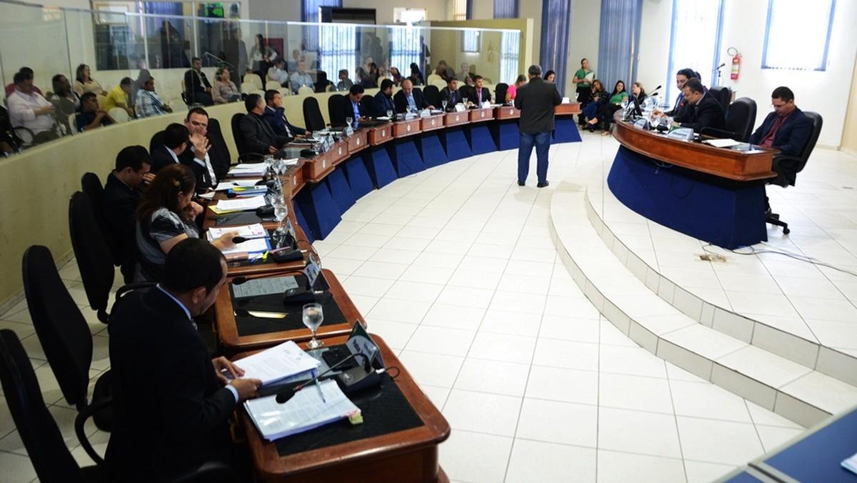 Câmara de Boa Vista aprova projeto que proíbe instituição de cobrar por emissão de diploma e certificado