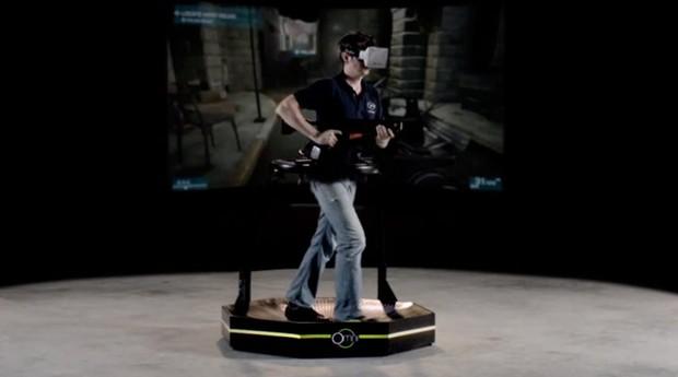 As esteiras omnidirecionais são uma das alternativas para os deslocamentos em games de realidade virtual (Foto: Divulgação)