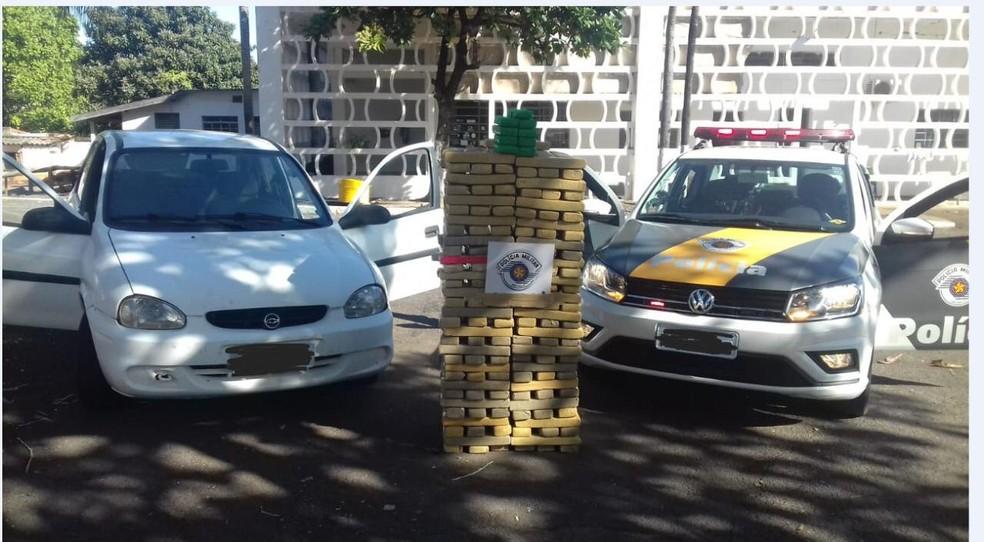 Droga apreendida em Dracena no dia 20 de junho — Foto: Polícia Rodoviária/Cedida