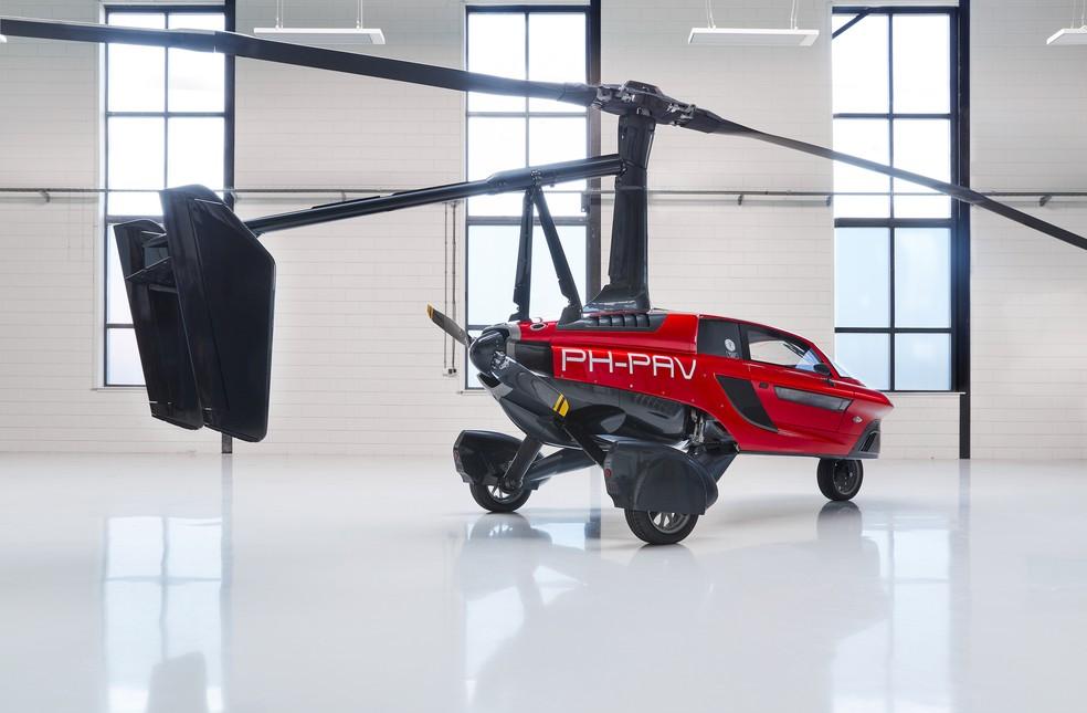 Veículo tem dois motores e se encaixa na classificação de um girocóptero — Foto: Divulgação/PAL-V
