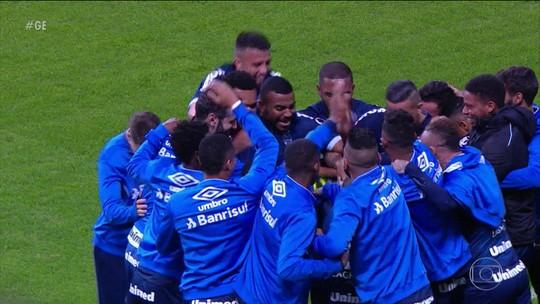 Grêmio goleia, Santos perde mais uma e a Chape vira contra o Corinthians