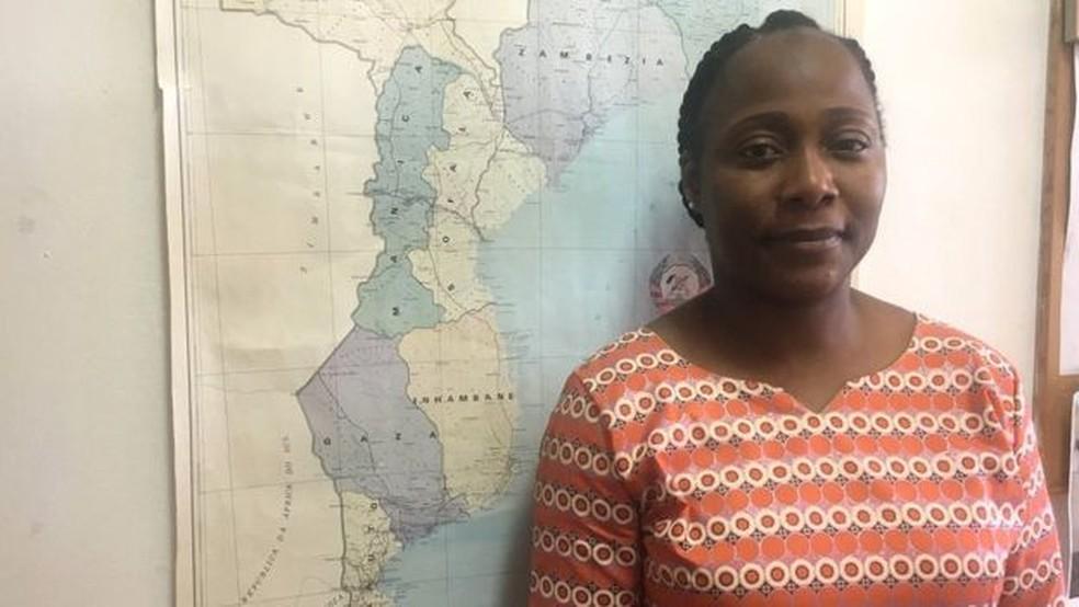 Antonia Vaz, do Ministério da Agricultura de Moçambique, acredita que a doença tenha vindo com trabalhadores filipinos (Foto: BBC)