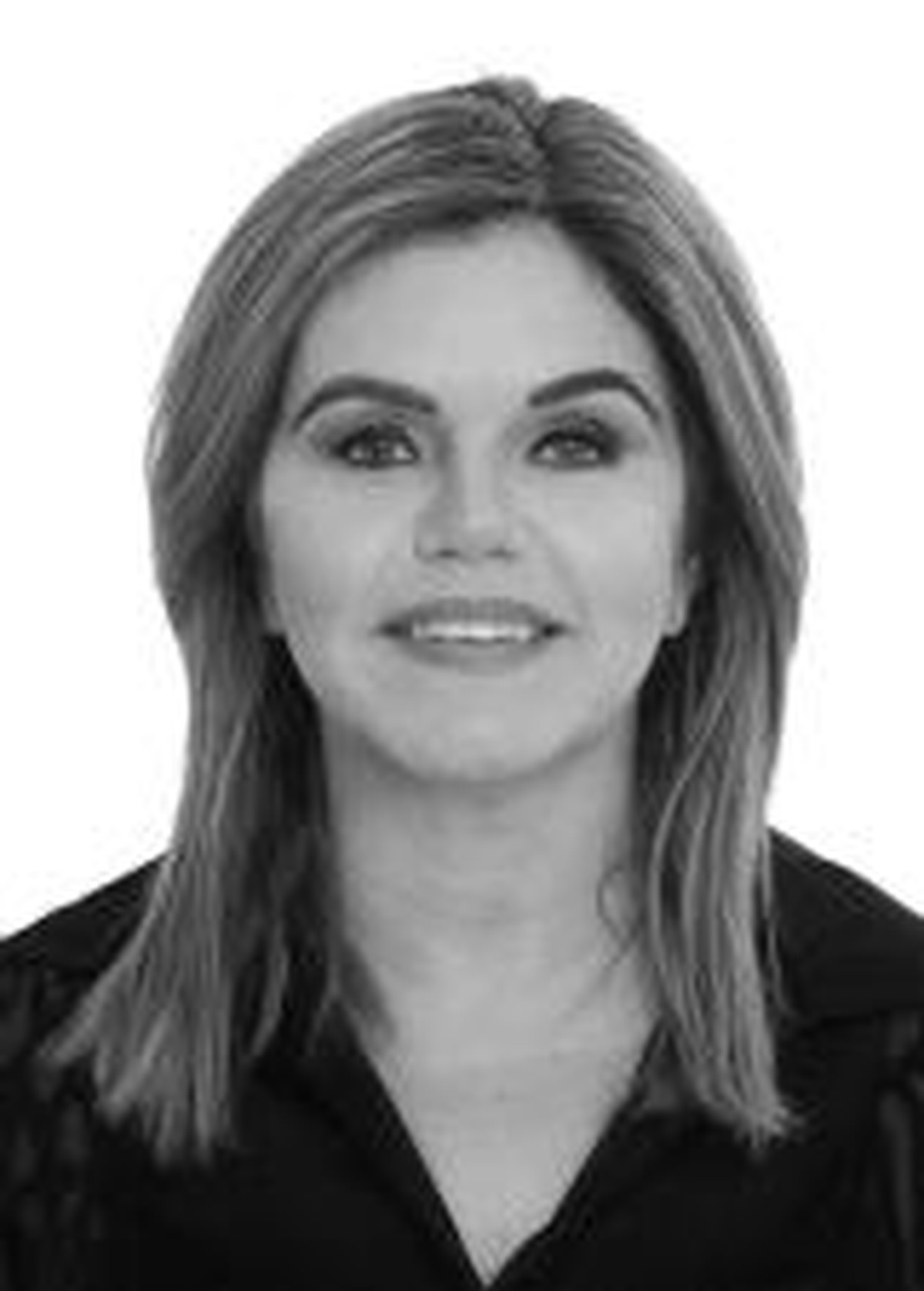 Criminosos atiram em carro de ex-vereadora de Pilar, Alagoas
