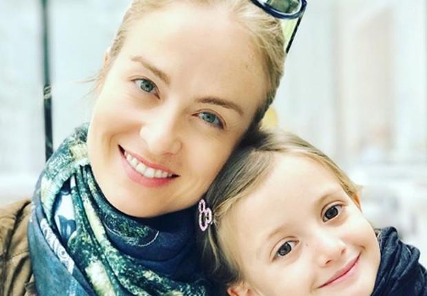 Angélica e a filha caçula, Eva (Foto: Reprodução/Instagram)