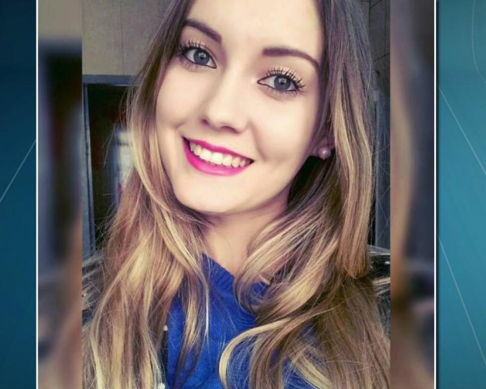 Jaqueline tinha 21 anos quando foi morta — Foto: Reprodução/RPC