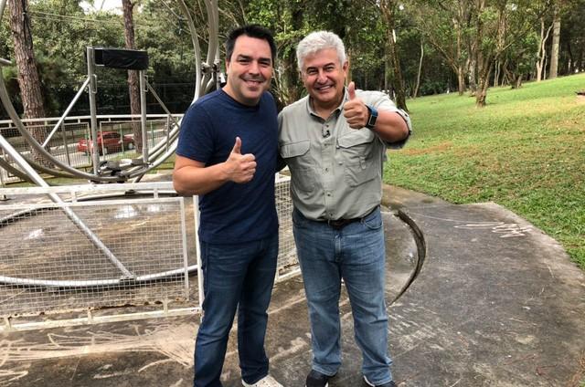 Renato Cunha e o astronauta Marcos Pontes (Foto: Divulgação/TV Globo)