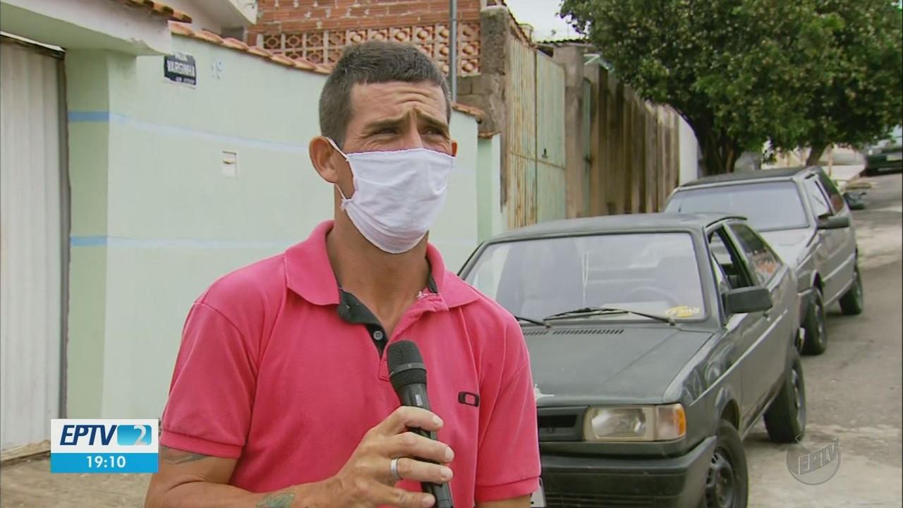 Ganhador de rifa presenteia autor doando o prêmio de volta em Guaxupé