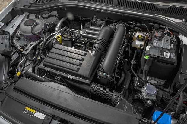 Volkswagen Jetta R-Line 2019 (Foto: Leo Sposito/Autoesporte)